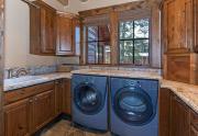 Laundry Room   Tahoe Luxury Ski Home