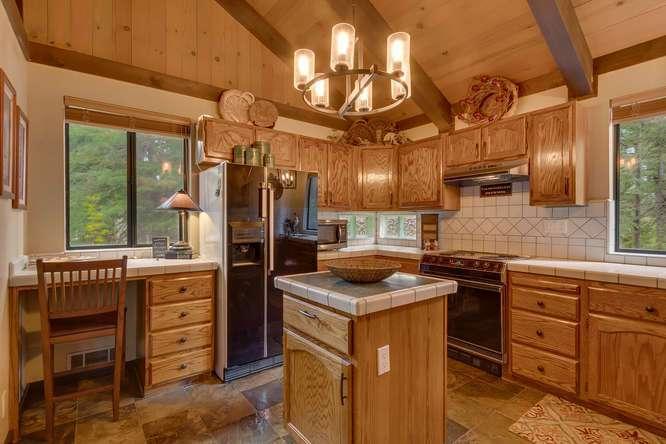 Lake Tahoe Cabin for Sale | 2565 Cedar Ln Homewood CA | Kitchen