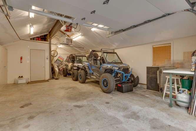 Lake Tahoe Real Estate | 2565 Cedar Ln Homewood CA | Garage
