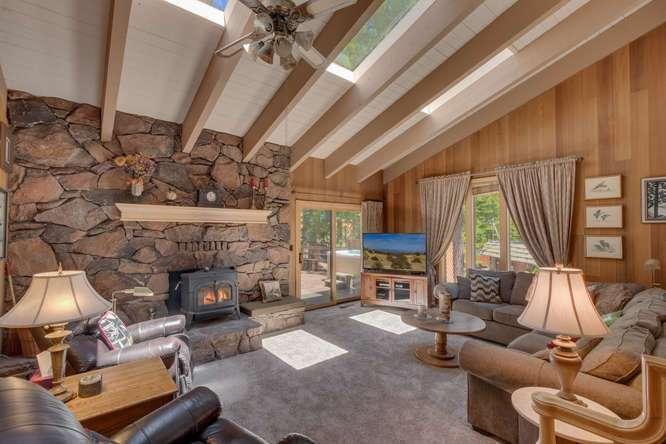 Home For Sale Lake Tahoe | 3119 Polaris Rd Tahoe City CA