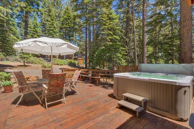 3119 Polaris Rd Tahoe City CA-small-010-15-Back Patio-666x444-72dpi