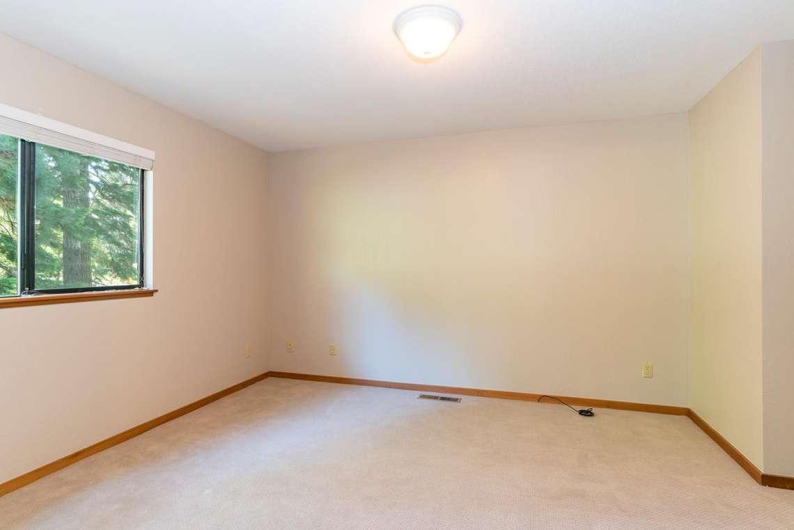 Tahoe Lakeview Real Estate | 3145 Meadowbrook Dr | Bedroom