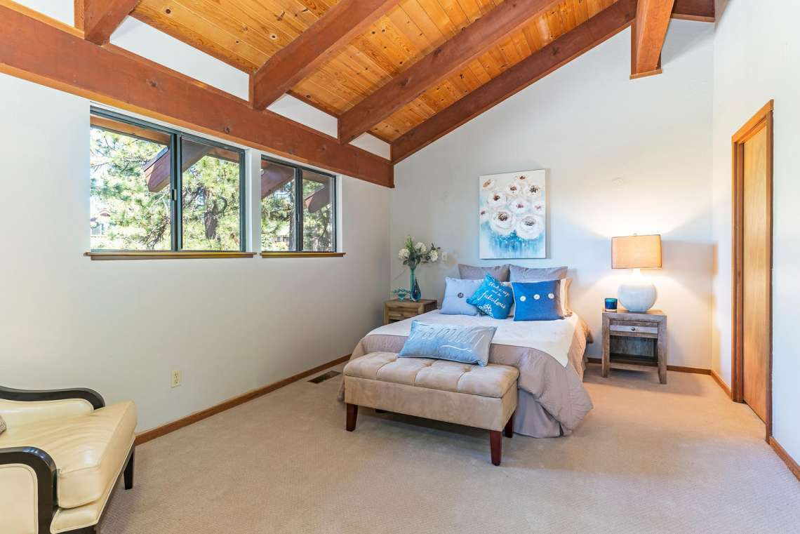 Lake Tahoe Real Estate | 3145 Meadowbrook Dr | Bedroom