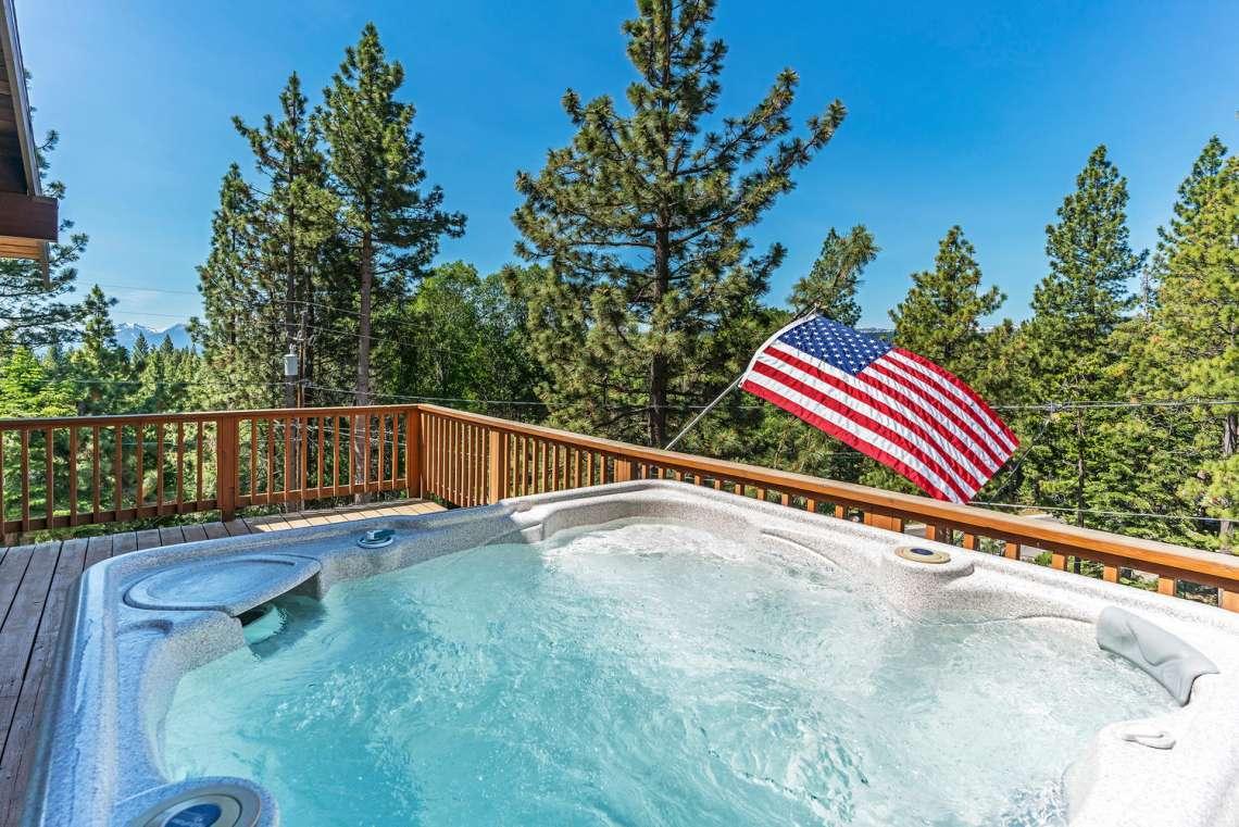 Lake Tahoe Home | 3145 Meadowbrook Dr | Hot Tub