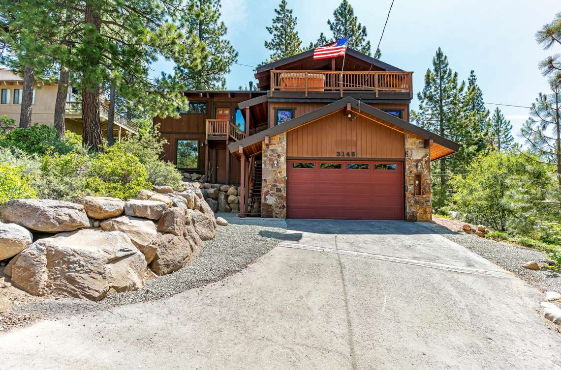 Lake Tahoe Real Estate | 3145 Meadowbrook Dr | Front View