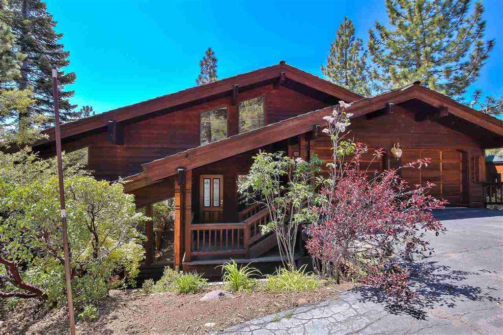 Stunning Dollar Point Lake Tahoe Home | 3324 Dardanelles Ave | Front View