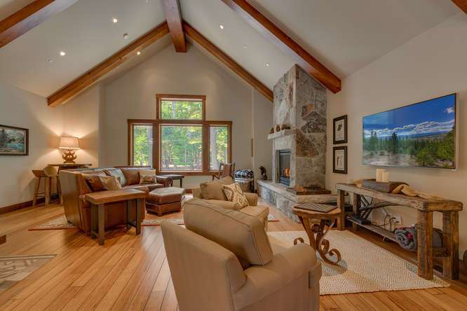 Carnelian Bay Home For Sale | 4516 Muletail Dr Living Room
