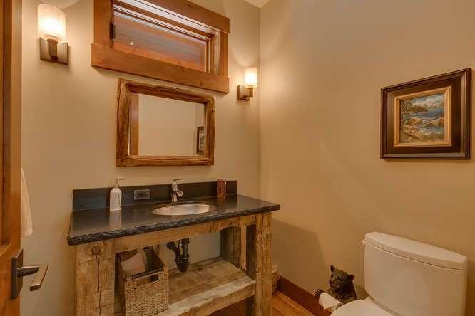 Carnelian Bay Luxury Home | 4516 Muletail Dr Carnelian Bay-Bath