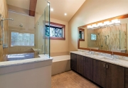 Luxrious Master Bathroom