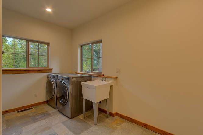 Lake Tahoe Real Estate | Laundry Room