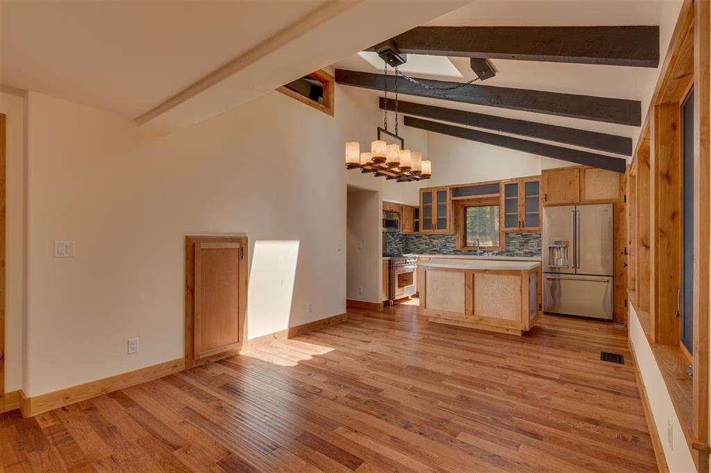 Lake Tahoe Home  | 5219 Turquoise Ave | Living Area