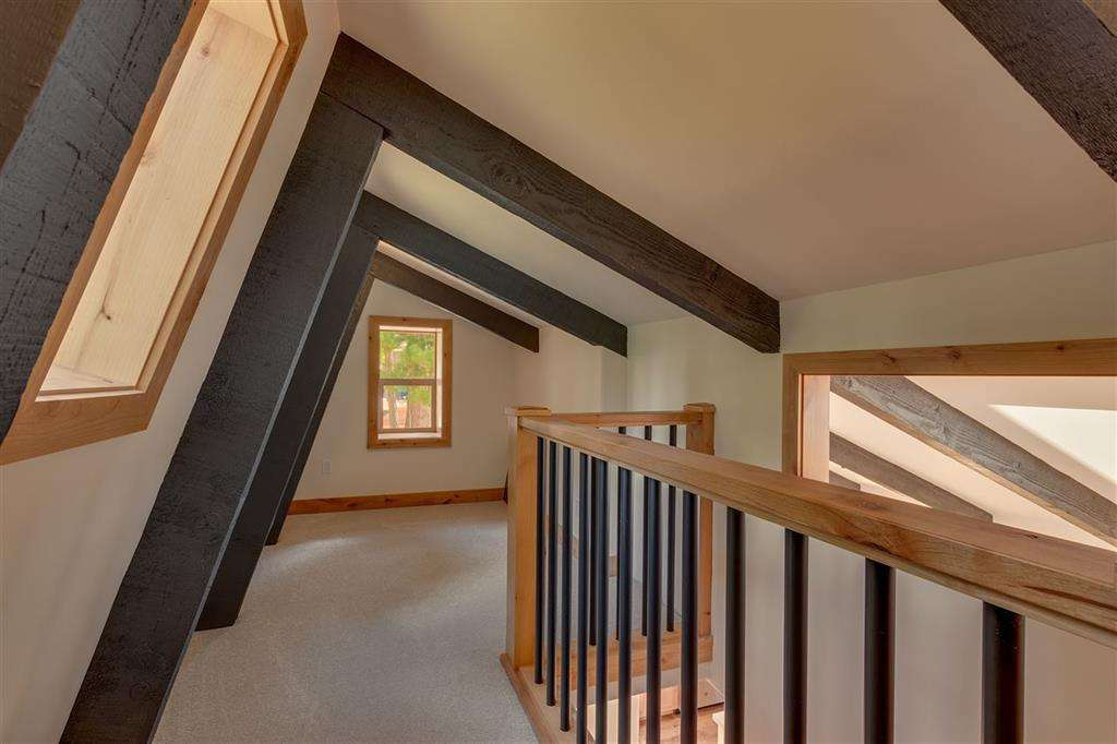 Lake Tahoe Home  | 5219 Turquoise Ave | Upstairs