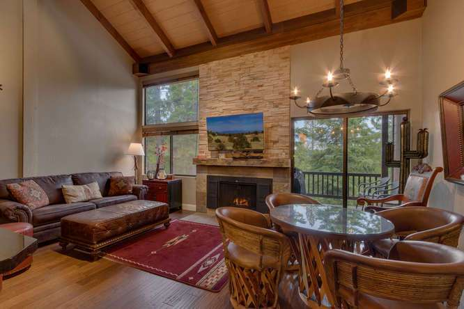 Northstar Real Estate | 6018 Mill Camp Truckee CA | Living Room