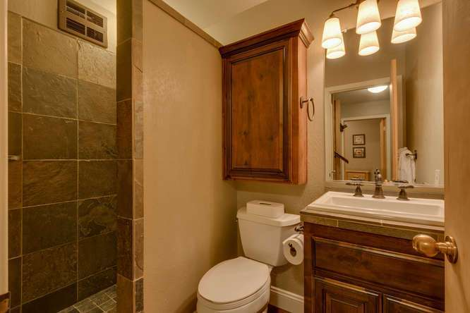 Tahoe Condo | 6018 Mill Camp Truckee CA | Bathroom