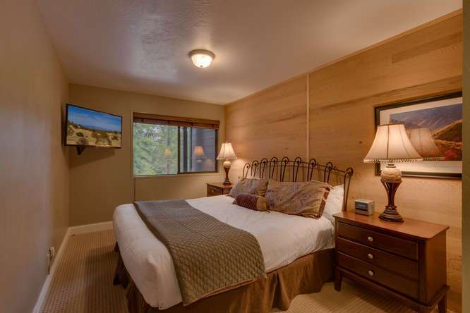 Northstar Realtor | 6018 Mill Camp Truckee CA | Bedroom