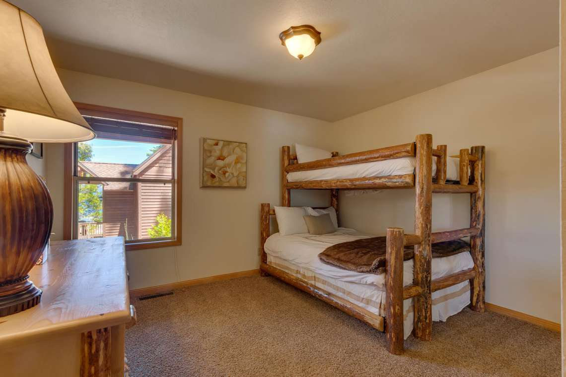 6070 Quail Creek Rd Tahoma CA-large-026-10-Bedroom-1500x1000-72dpi
