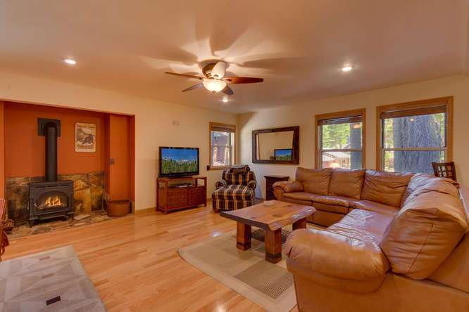 West Shore Lake Tahoe Real Estate | 6070 Quail Creek Rd | Family Room