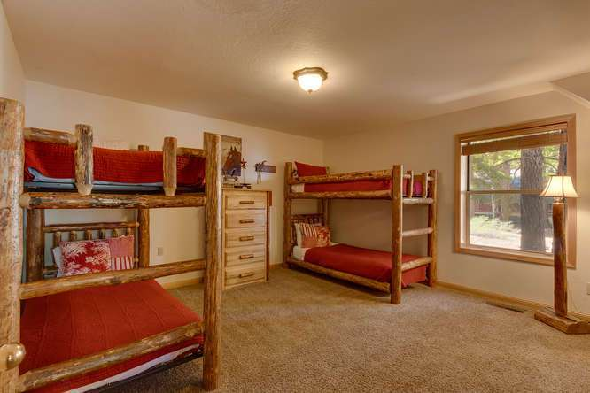 6070 Quail Creek Road | Bunk Room