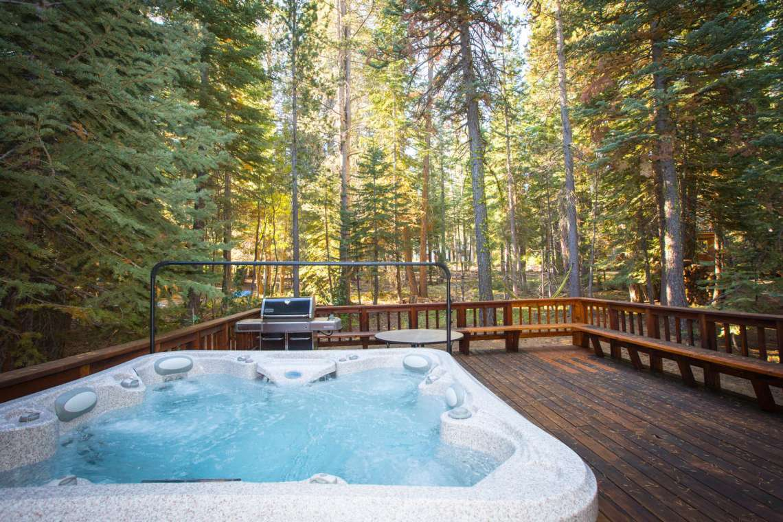 Hot Tub on Back Deck facing Conservancy Land