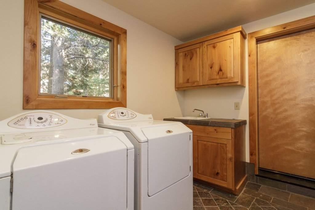 7001 Hilo Avenue | Laundry Room | Lake Tahoe West Shore Real Estate