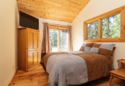 7001 Hilo Avenue | Guest Bedroom | Lake Tahoe Real Estate