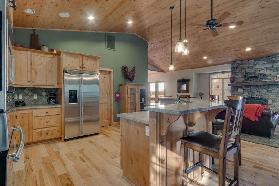 Tahoma Real Estate | Gourmet Kitchen