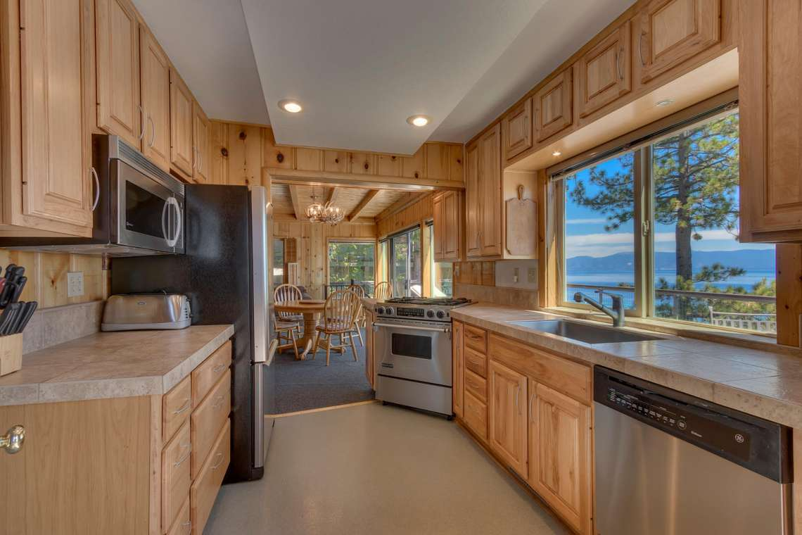 Tahoe Lakefront Homes for Sale