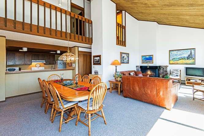 Lake Tahoe Penthouse Great Room