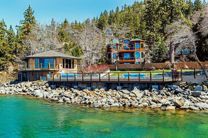 Brockway Springs Lakefront Vacation Resort   Lakeside Pool Clubhouse