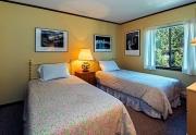 Luxury Tahoe Real Estate | 1st Floor Twin Bedroom