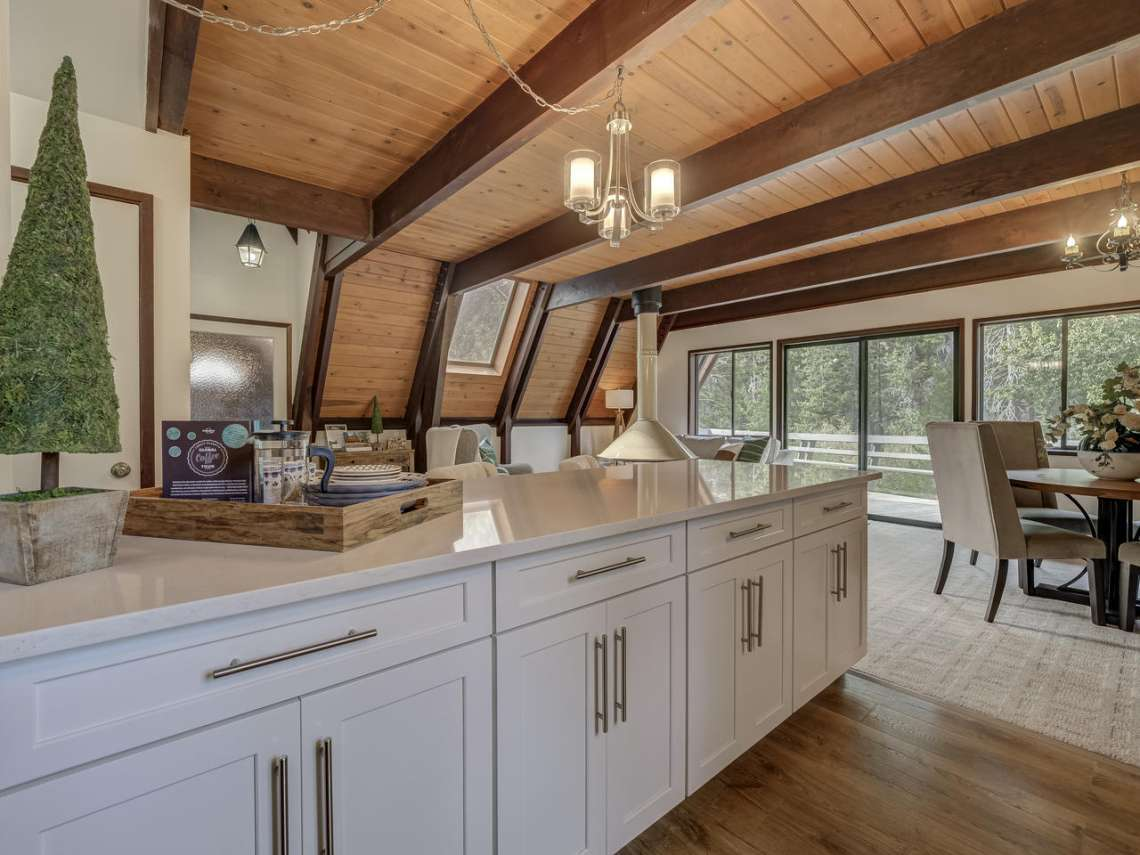 Alpine Meadows Home for Sale | 1314 Mineral Springs Trail Kitchen