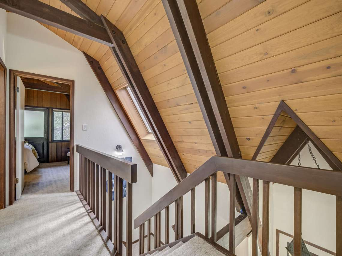 Tahoe Ski Cabin | 1314 Mineral Springs Trail Staircase