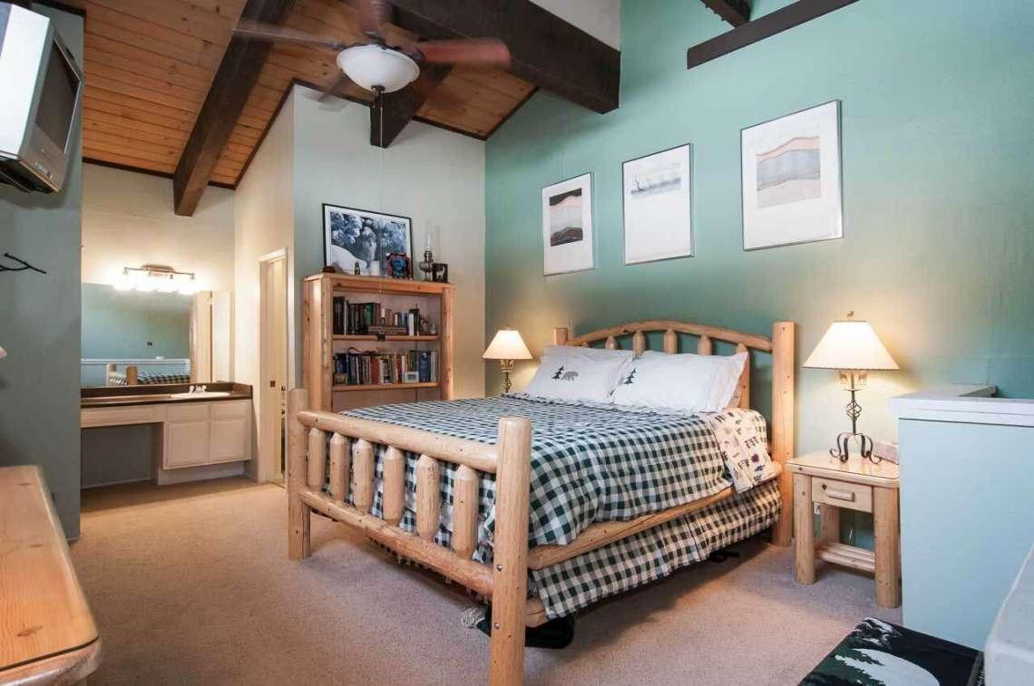 Tahoe Ski Condo | 2090 Chalet Rd #15 | Bedroom