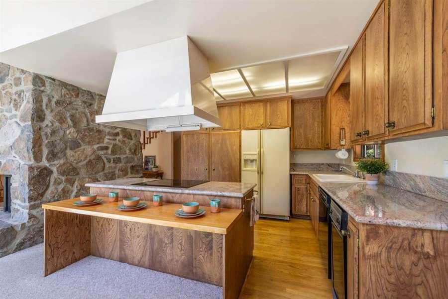 180 Quiet Walk Rd. | Kitchen
