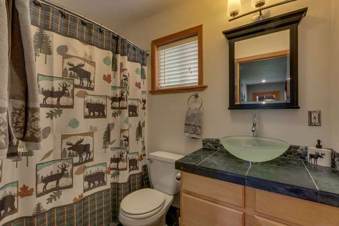 Tahoe Donner Home for Sale  | 12418-Snowpeak-Way-Truckee-CA | Bathroom