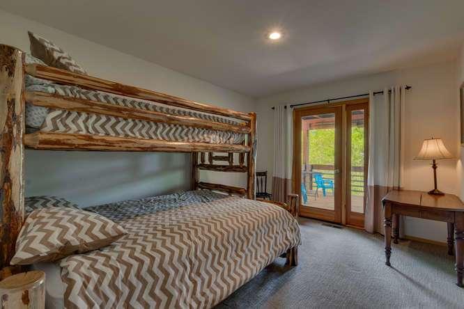 Truckee Home for Sale    12418-Snowpeak-Way-Truckee-CA   Bedroom