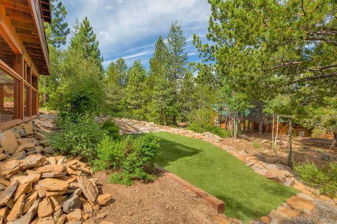 Truckee Real Estate | 12418-Snowpeak-Way-Truckee-CA | Backyard