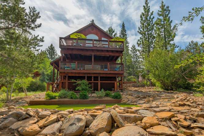 Tahoe Donner Home   12418-Snowpeak-Way-Truckee-CA   Back Exterior