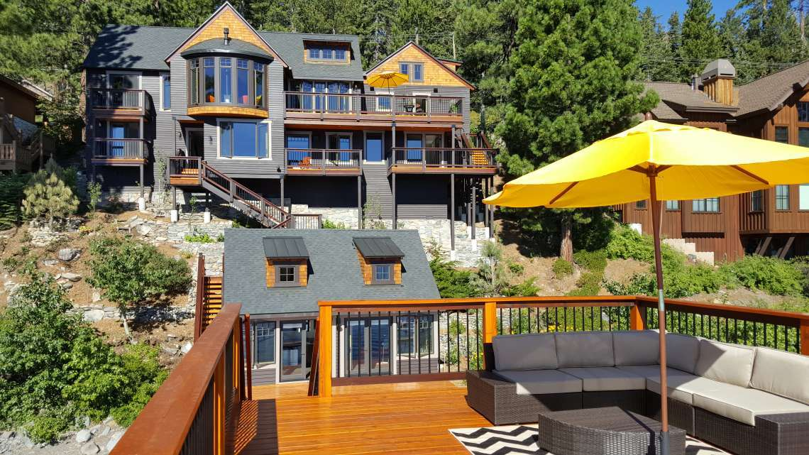 Carnelain Bay Lakefront Home for Sale