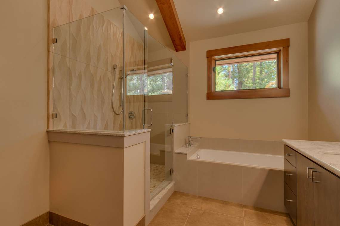 Modern Mountain Master Bathroom in Carnelian Bay