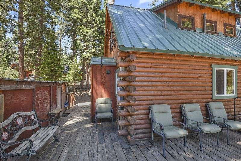 North Lake Tahoe Cabin |  Deck