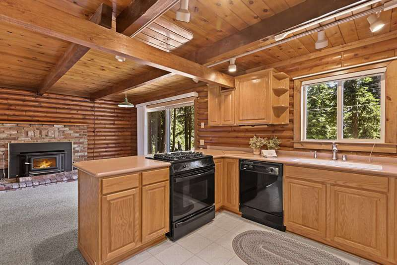 North Lake Tahoe Cabin |  Kitchen
