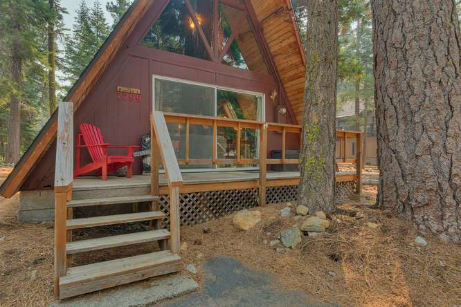 7299 7th Avenue | Tahoma Cabin for Sale