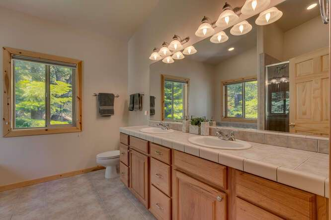 Master Bathroom | West Shore home for sale