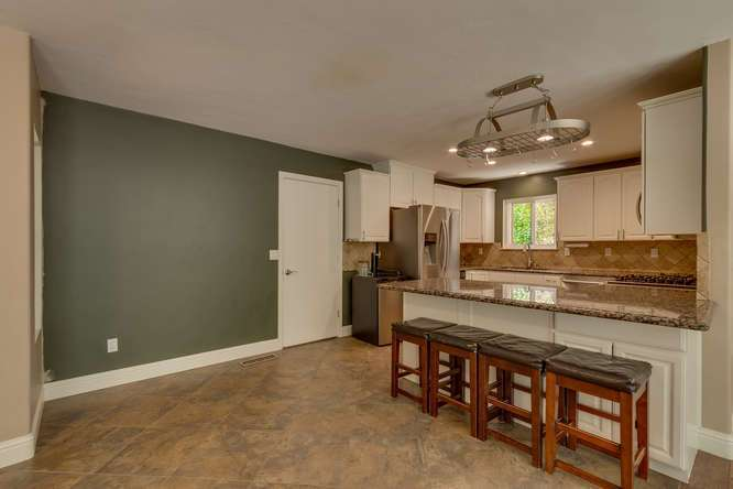 Truckee Home for Sale | 10314 Shore Pine Rd Truckee CA | Kitchen