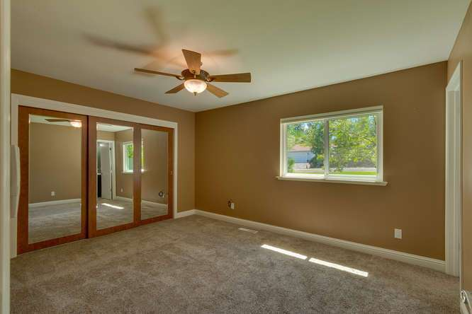 Sierra Meadows Real Estate | 10314 Shore Pine Rd Truckee CA | Master Bedroom Ensuite