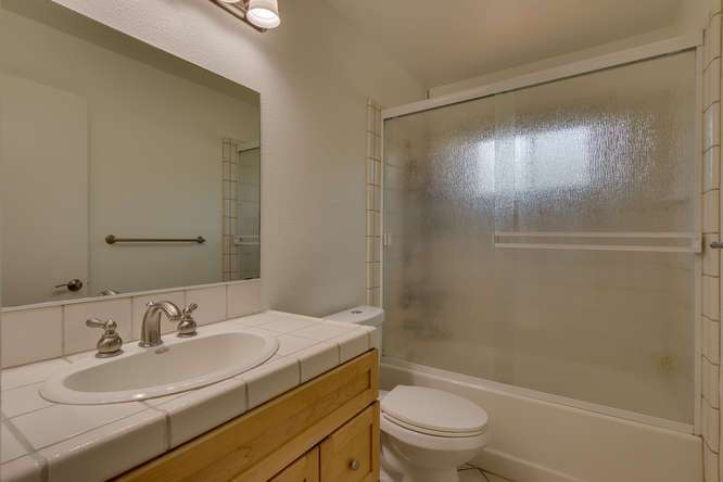 Sierra Meadows Real Estate | 10314 Shore Pine Rd Truckee CA | Bathroom