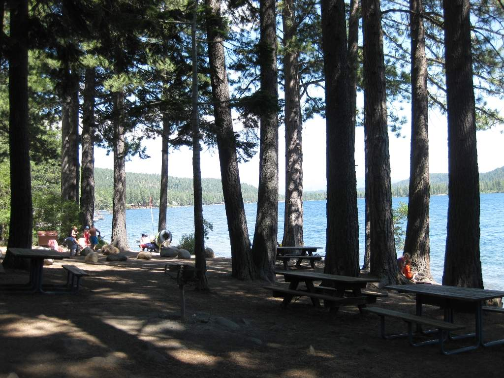 Shoreline Park - Public Beach | Donner Lake