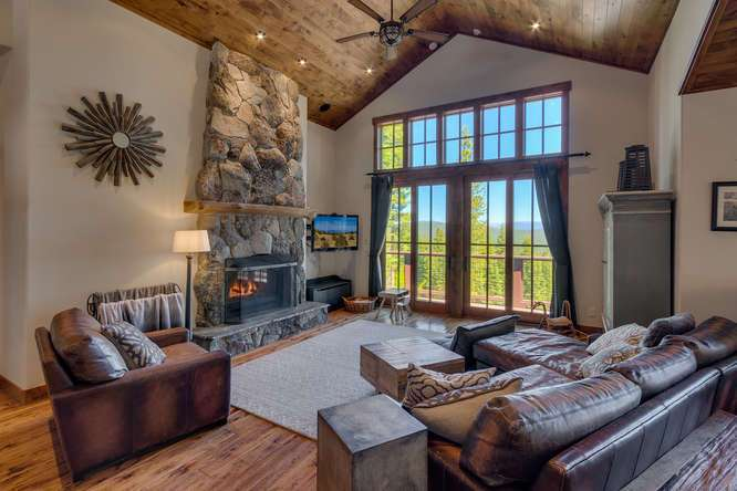Exceptional Truckee Acreage Estate | 13074 Timber Ridge Ct | Expansive living area