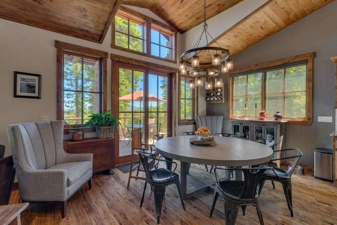 Exceptional Truckee Acreage Estate | 13074 Timber Ridge Ct | Dining area